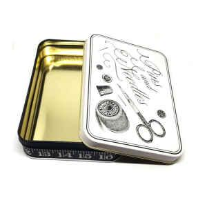 Latta Rettangolare Piccola Sewing - Pins & Needles 14,2 x 10,1 x 3,7 cm