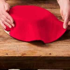 Foglio a Disco Pasta di Zucchero Rosso Fuoco Senza Glutine 430 g FunCakes