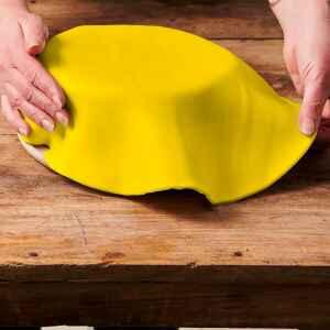 Foglio a Disco Pasta di Zucchero Giallo Senza Glutine 430 g FunCakes