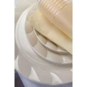 Piatti Piani di Plastica a Petalo Panna 20 cm 2 confezioni Extra